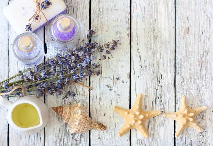 Best 5 Essential Oils and 7 Recipes For Athlete's Foot Essential Oil Benefits
