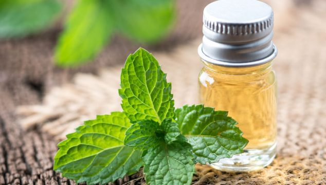 A Quick And Effective Way To Get Rid Of Sore Muscles, Sore Legs And Body Aches: Essential Oil Blends