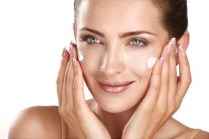 Use The Right Skincare Routine To Do Away With The Zits And Dryness Of Combination Skin! Essential Oil Benefits