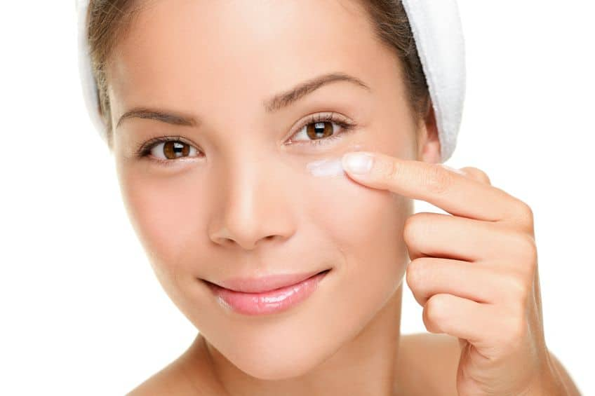 Benefits of Using an Under Eye Cream