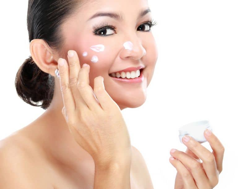 The Truth About Moisturizers That Not Even The Experts Can Deny! Essential Oil Benefits