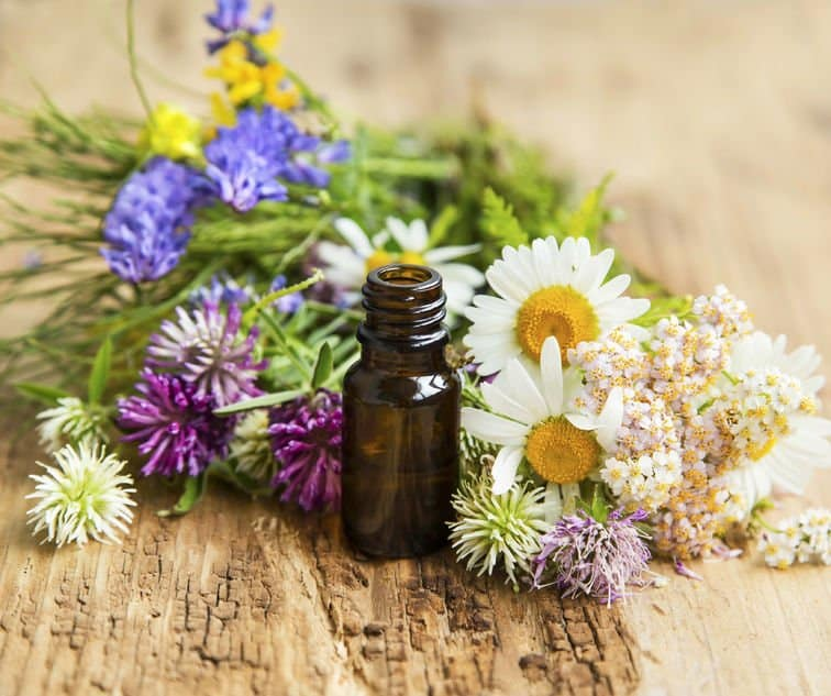 essential oils for hot flashes