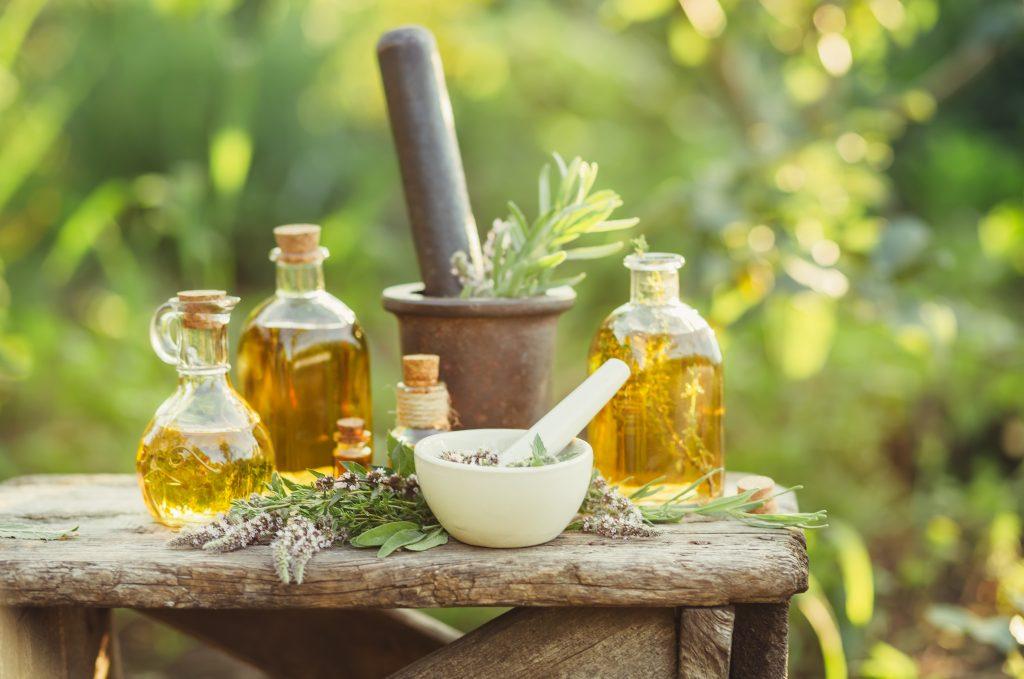 Skin Rashes? Let Essential Oils Handle Those Nasty Eruptions! Essential Oil Benefits